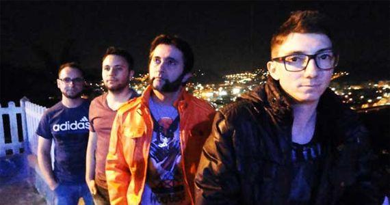Banda Siderais toca um repertório Pop/Rock no palco do Santo Gole Eventos BaresSP 570x300 imagem