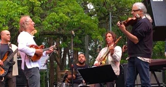 O grupo Bandolim Elétrico apresenta um repertório eclético e bem humorado no Ao Vivo Music Eventos BaresSP 570x300 imagem