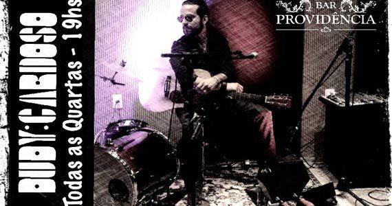Eventos AgendaDudy Cardoso comanda a quarta-feira com pop rock no Bar Providência BaresSP