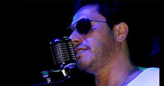 Betto Luck apresenta o melhor do pop rock no palco do Memphis Rock Bar Eventos BaresSP 570x300 imagem