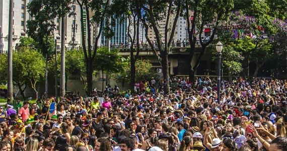 Bloco Primavera, Te amo fecha o carnaval 2017 na Praça Franklin Roosevelt Eventos BaresSP 570x300 imagem