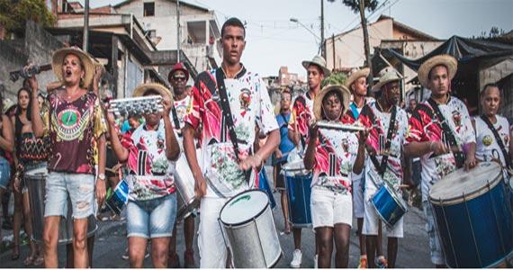 Bloco Unidos da Macieira desfila pelas ruas do M'Boi Mirim Eventos BaresSP 570x300 imagem