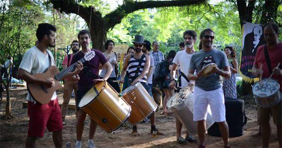 Ensaio do Bloco Unidos do Inconsciente agita o carnaval 2017 na Praça Rafael Sapienza  Eventos BaresSP 570x300 imagem