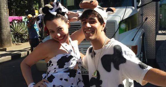 Cortejo de pós carnaval com o Bloco Vaca da Galáxia na Rua Nestor Pestana Eventos BaresSP 570x300 imagem