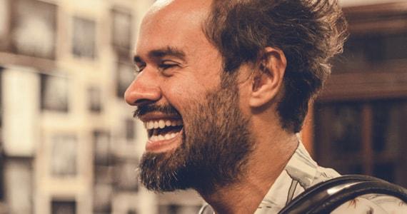 Son Estrella Galicia Brasil abraça Espanha realiza encontro com Marcelo Jeneci e Antonio Lizana Eventos BaresSP 570x300 imagem