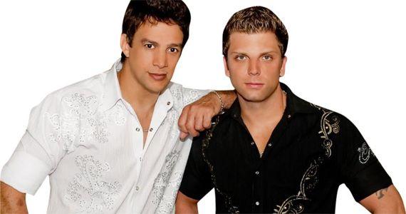 A dupla Bred & Breno e o cantor Natan cantam os seus maiores sucessos na Brooks Eventos BaresSP 570x300 imagem