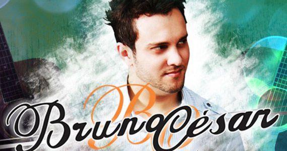 O palco da Brooks recebe todo carisma do cantor Lucca Fernandes, Dj Chau e Bruno César Eventos BaresSP 570x300 imagem