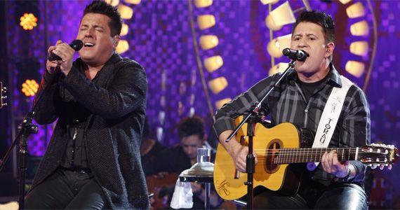 Bruno e Marrone cantam no Espaço das Américas o seus maiores sucessos, 'Dormi na Praça', Choram Rosas entre outras Eventos BaresSP 570x300 imagem