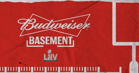 Transmissão do Super Bowl no Bud Basement
