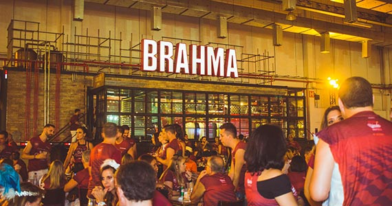 Camarote Bar Brahma agita o Carnaval no Sambódromo do Anhembi Eventos BaresSP 570x300 imagem
