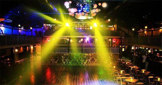 Quinta-feira acontece a Noite dos aniversariantes de Novembro no Carioca Club Eventos BaresSP 570x300 imagem