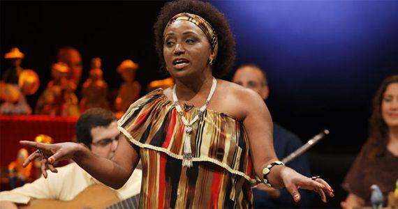 Quinta-feira é dia de show da cantora Carmen Queiroz cantando os seus sucessos no Ó do Borogodó Eventos BaresSP 570x300 imagem