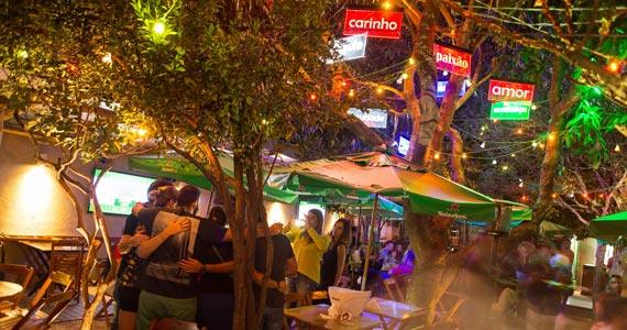 Feriado de carnaval com a bateria do bloco Madalena agitando o Vila Seu Justino Eventos BaresSP 570x300 imagem