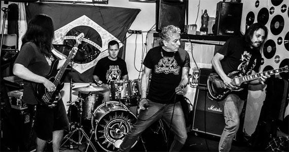 Sexta-feira é dia de curtir o som da banda Carro Bomba na Casa Amarela Pub Eventos BaresSP 570x300 imagem