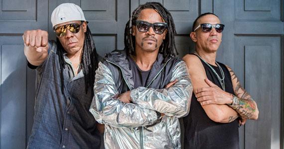 Cidade Negra estreme o palco da Audio com a tour Cidade pelo Mundo no Dia do Rock Eventos BaresSP 570x300 imagem