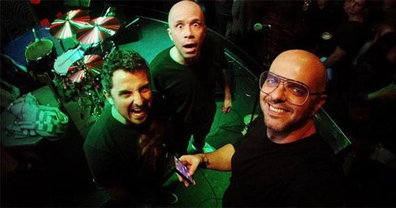 Banda Cover Up se apresenta no Kia Ora Itaim com o melhor do pop rock Eventos BaresSP 570x300 imagem