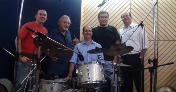 Ao Vivo Music tem à noite animada pelo som da banda de jazz Dabus Brothers e do maestro Hector Costita Eventos BaresSP 570x300 imagem
