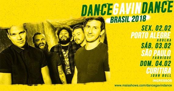 A banda de post-hardcore americana Dance Gavin Dance se apresenta no Fabrique Club