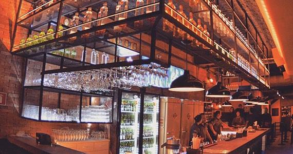 Vila 567 celebra o Dia dos Solteiros com drinks em dobro Eventos BaresSP 570x300 imagem