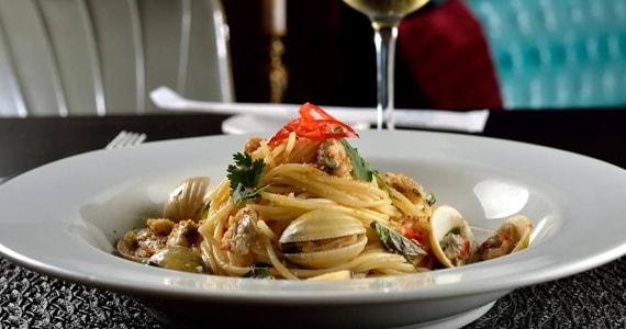 Chef Renata Vanzetto oferece jantar de Dia dos Namorados no restaurante Marakuthai Jardins Eventos BaresSP 570x300 imagem