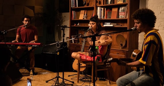Show de Duda Brack e Chico Chico no Bona Casa de Música Eventos BaresSP 570x300 imagem