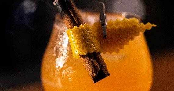 Dia do Rock com novos cocktails do Eugênia Café Bar Eventos BaresSP 570x300 imagem