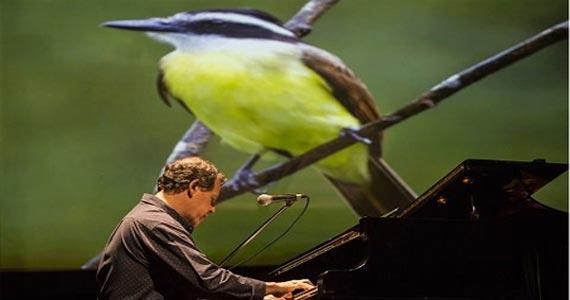 Fábio Caramuru em EcoMúsica Conversas de um Piano com a Fauna Brasileira no Auditório Ibirapuera Eventos BaresSP 570x300 imagem