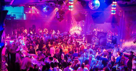 Damn Fridays Folk'nRoll Festival com 10 hora de música na Fabriketa Eventos BaresSP 570x300 imagem