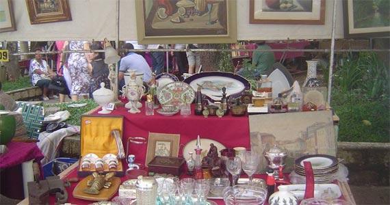 Feira de Artes e Antiguidades do Bixiga todos os domingos na Praça Dom Orione Eventos BaresSP 570x300 imagem