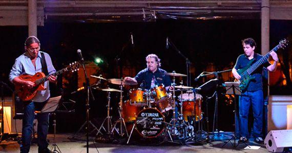 Felipe Avila Trio e banda Rock Machine fazem show no O Garimpo Eventos BaresSP 570x300 imagem