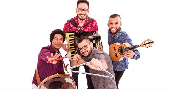 Grupo 2 Dobrado agita à noite com muito forró no palco do Canto da Ema Eventos BaresSP 570x300 imagem