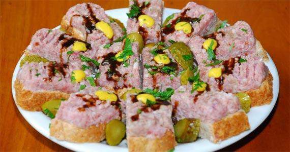 Happy Hour com os amigos no Bar do Nico com cerveja e petiscos Eventos BaresSP 570x300 imagem