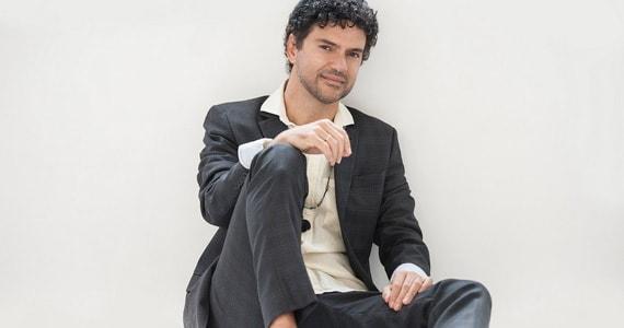 Jorge Vercillo apresenta show intimista no Teatro Bradesco em Novembro Eventos BaresSP 570x300 imagem