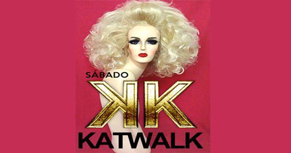 Dj residente Ricardo Motta emabala a Festa Katwalk na Bubu Longe Eventos BaresSP 570x300 imagem