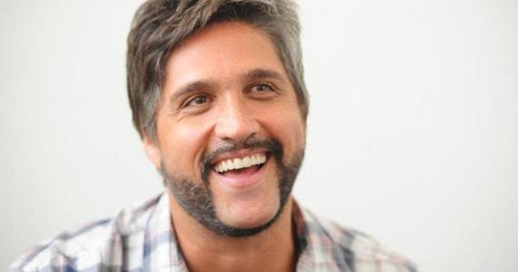 Léo Chaves lança sua carreira solo com a turnê Identidades Eventos BaresSP 570x300 imagem