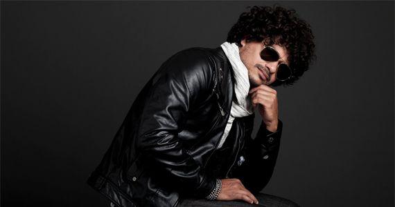 Show com o cantor Leo Maia agitando o verão na Praça de Eventos São Sebastião Eventos BaresSP 570x300 imagem