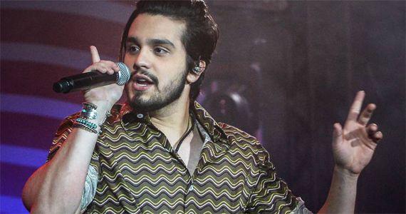 Luan Santana canta os seus sucessos no palco do Centro de Tradições Nordestinas Eventos BaresSP 570x300 imagem