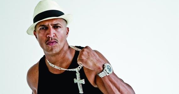 """O rapper Mano Brown apresenta o CD """"Boogie Naipe"""" ao lado de convidados no Citibank Hall em São Paulo Eventos BaresSP 570x300 imagem"""