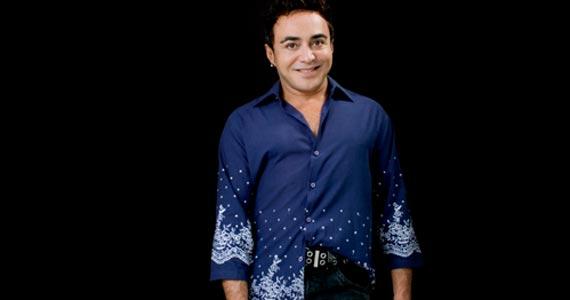 O cantor Markinhos Moura comemora seus 30 anos de carreira com show especial no Teatro Augusta Eventos BaresSP 570x300 imagem