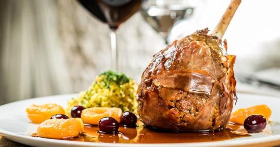 Mondo Gastronômico oferece cardápio especial para a Ceia de Natal Eventos BaresSP 570x300 imagem