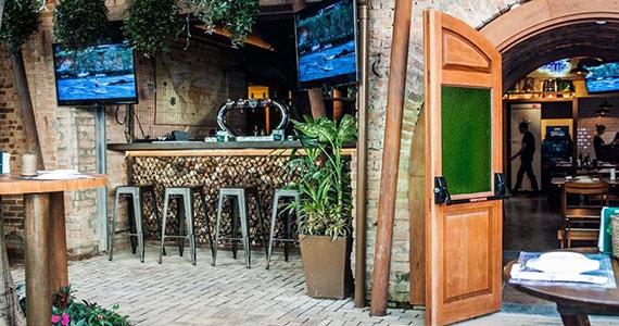 Quintal do Espeto - Vila Madalena oferece MPB ao vivo Eventos BaresSP 570x300 imagem
