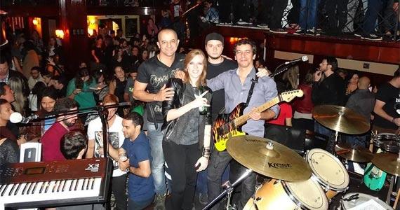 Classic & Modern Rock e Pop com a banda Mr Feeling no The Blue Pub Eventos BaresSP 570x300 imagem