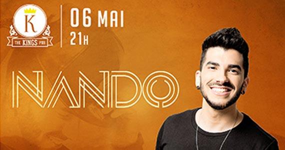 O cantor Nando, ex vocalista da banda Apolo, se apresenta no palco do The Kings na St. Patricks Week Eventos BaresSP 570x300 imagem