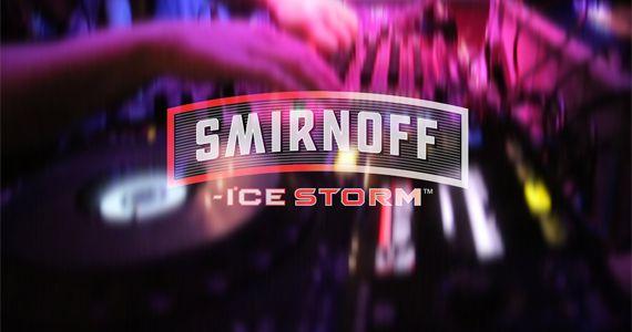 Djs Sandrinho, Dj Zhenna e o VJ Daniel Tutunic embalam a Noite Smirnoff Ice Storm no Akbar Lounge e Disco Eventos BaresSP 570x300 imagem