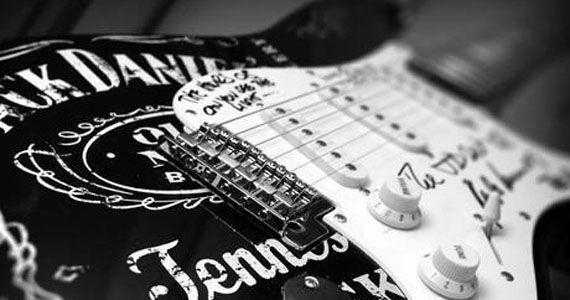 Banda Rockabilly contagia a noite com muito Rock in Black no Partisans Pub Eventos BaresSP 570x300 imagem