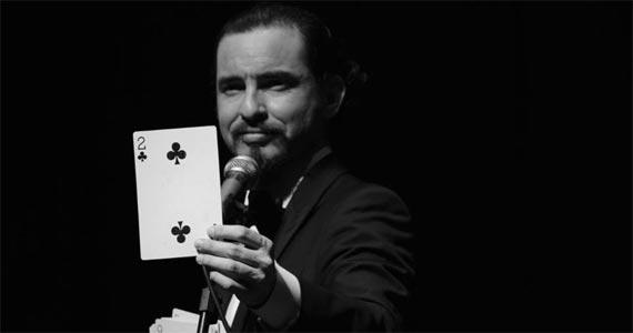 Ao Vivo Music apresenta o novo espetáculo Pokerman do Mágico Mauricio Dollenz Eventos BaresSP 570x300 imagem