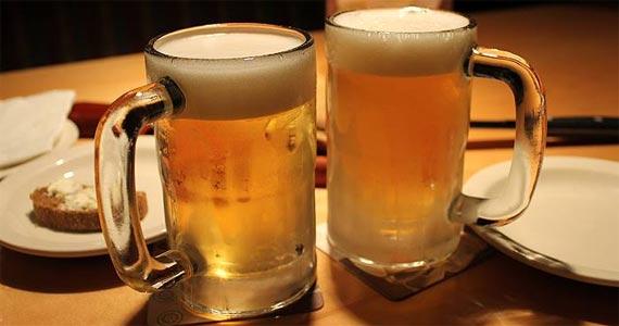 Finnegan s oferece uma variedade de petiscos e cervejas importadas no Happy Hour Eventos BaresSP 570x300 imagem