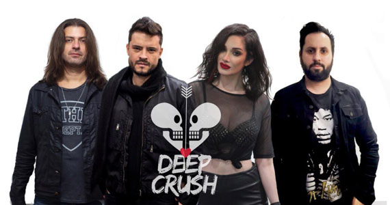 Banda Deep Crush & DJ Douglas agitam noite no Republic Pub