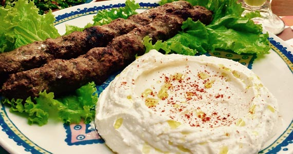 Restaurante Baruk comemora Dia das Mães com cardápio especial Eventos BaresSP 570x300 imagem