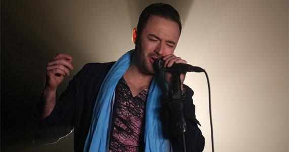 Entrada para o final de semana com o som do cantor Rodrigo Vecchi no Villa Mix Eventos BaresSP 570x300 imagem